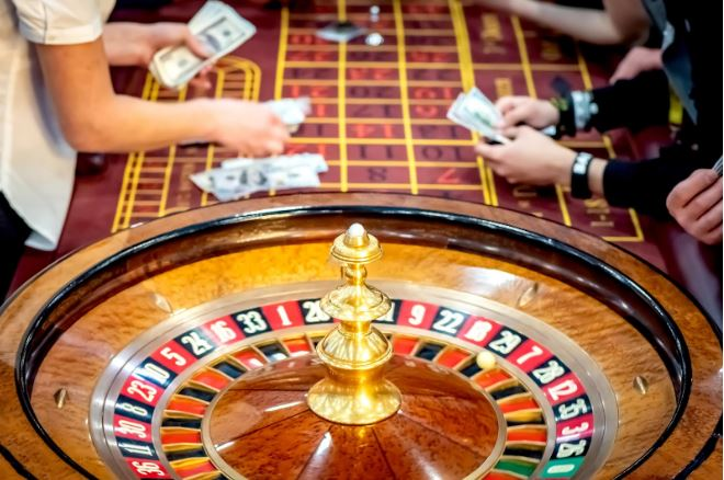ruleta en vivo crupier